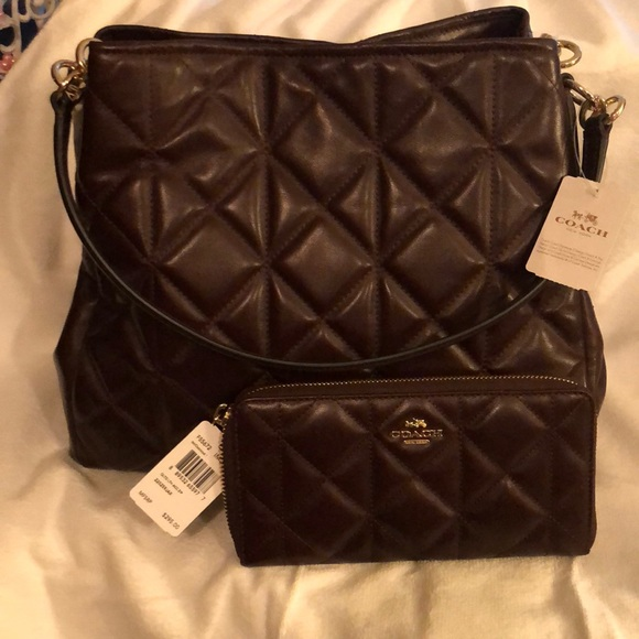 Quilted Bag with Matching Wristlet